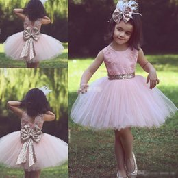 Cute blaCk baby models online shopping - Cute Pink Short Flower Girl Dresses for Country Wedding Party Bog Sequined Bow Tutu Crew Neck Lace Baby Child Birthday Formal Dresses