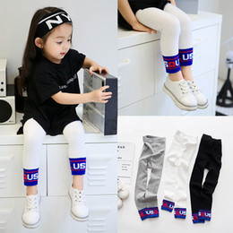Barato Roupas De Malha De Lã-Everweekend Baby Girls Autumn Candy Knitted Leggings Pants Letters Embroidered Sweet Children Moda Inverno Vestuário
