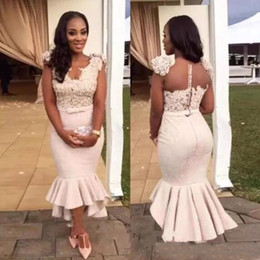 Barato Vestidos De Baile De Baixa Renda-2017 Elegant High Low Dress Vestidos de festas da sereia Short Front Long Back Dresses Lace Appliques Handmade Flowers Lace Evening Prom Gown