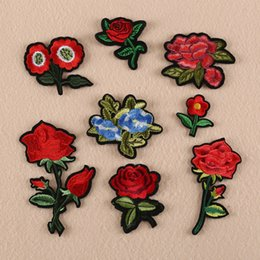 Barato Tecidos De Apliques-Beautiful Rose Floral Collar Stick Patch Applique Badge Vestido Bordado Bordado Handmade Craft Ornament Tecido Sticker ER740