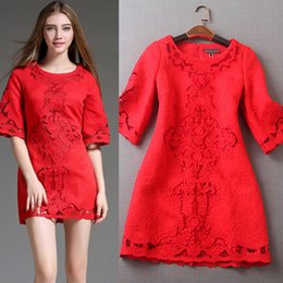 Tempérament Des Dames Pas Cher-New Lady Dress Temperament Solid Color Broderie Hollow Round Collar Trumpet Sleeves Casual Dress Ladies Clothing
