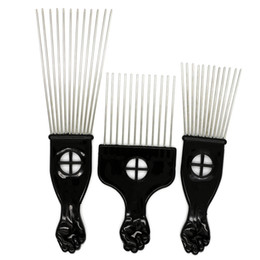 China Black Plast Fist Handle Afro Brush Stianless Steel Wide Teeth Metal Hair Pick Afro Comb With Fist suppliers