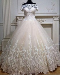 Simple Short Western Wedding Dresses Canada - Latest Design Puffy Bateau Neck Robe De Marriee Off Shoulder Short Sleeve Western Wedding Gowns Romantic Bride Dress With Appliques