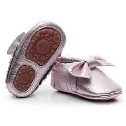 $enCountryForm.capitalKeyWord UK - New Rubber bottom Fringe bow baby shoes high quality genuine leather Newborn baby moccasins first walker boot for 0-24M