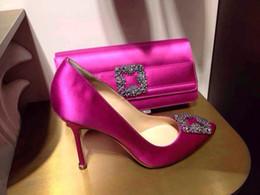 Venta al por mayor de Hot 2018 Design Brand Mujeres Satén Rhinestone hebilla cuadrada Zapatos de boda Tacones altos Punta estrecha Bombas Mujer Zapatos stiletto tacones altos 41