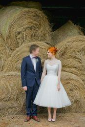 $enCountryForm.capitalKeyWord NZ - Newest Design Short A Line Tea Length Organza Lace Wedding Dresses 2017 With Long Sleeve 1950's Vintage Bridal Gowns Sheer Top