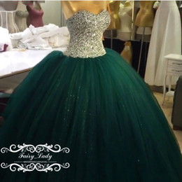 Barato Vestido Verde Molhado De Lantejoulas-Sweet 15 Prom Quinceanera Vestidos para meninas Shiny Silver Sequins Major Beading Long Puffy Ball Gown Green Tulle Vestidos De 15 Party 2017
