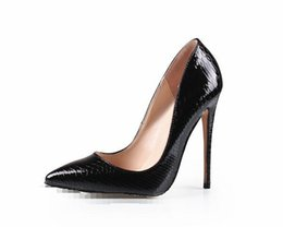 China 2017 Hot Sales Women Pumps Fashion Design High Heels Shoes High Quality Snake Pattern Styles Genuine leather Casual Shoes Woman suppliers