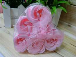 Barato Pétalas De Sabão Em Forma De Rosa-Soap Flower Heart Forma Handmade Pétalas de Rosa Rose Frower Paper Soap Mix Color (6pcs = 1box) 9,5 * 9 * 4cm