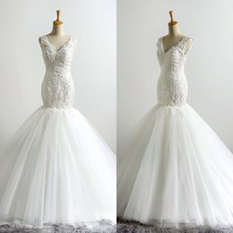 Barato Imagens De New Sexy-2017 Vestido de noiva Sexy V-Neck Sexy Mermaid New Custom Made White Lace-up Backless Applique Tulle Imagem real Elegant Bride Gown