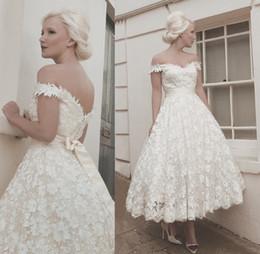 Vintage Tea-Length Garden Lace Wedding Dresses Off-Shoulder Neck Bridal Gowns with Belt Custom Made Vestido Noiva