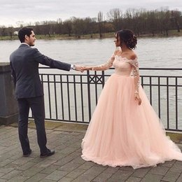 $enCountryForm.capitalKeyWord Australia - Vintage Boat Neck A line Bridal Prom Dress Pink Lace Appliques Court Train Full Sleeves Pink Evening Party Dresses
