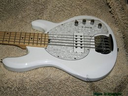 Chinese  White StingRay 5 Electric Bass Maple Fingerboard High Quality OEM China Guitars HOT manufacturers