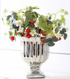 Vente en gros 1 PC Vivid Fruit Artificielle Fleur Faux Acrylique Fraise À La Main DIY Mulberry Pour La Maison De Mariage Parti Décoratif
