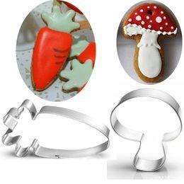 $enCountryForm.capitalKeyWord Canada - 2pcs mushroom cookie cutter carrot biscuit maker fondant cake decorating tools pastry bakeware