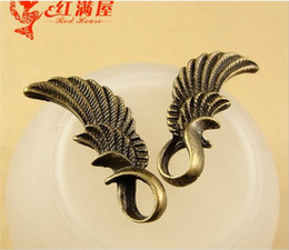Wings For Making Jewelry Canada - Wholesale Antique Bronze angel wing charms for bracelet, metal dangle vintage feather pendants for necklace, fashion tibetan jewelry making