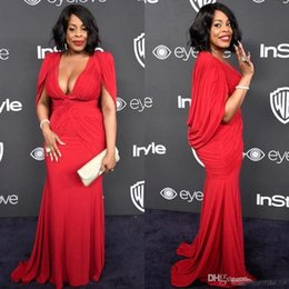 Champagne Golden Globe Dresses NZ - Niecy Nash Plus Size Red Golden Globe Red Carpet Evening Gowns with Cape Mermaid Chiffon Deep V-Neck 2017 Women Formal Celebrity Dress Cheap