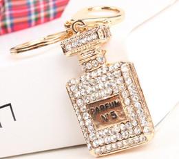 $enCountryForm.capitalKeyWord NZ - Perfume Bottle brand N5 Car Keyring Lovely Hangtag Pendant Women Rhinestone Crystal Purse Bag Key Chain Delicate Gift