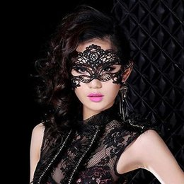 Fille Chaude Coupe La Robe Pas Cher-Vente en gros-2016 Hot Sale Girls Femmes Noir Sexy Lady Lace Mask Cut Out Eye Mask pour Masquerade Party Fancy Dress Costume T1627 P16 0.5