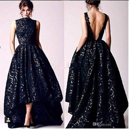 Barato Vestidos De Baile Preto Alto Lo-2017 Novo Árabe High Low Black Lace Prom Vestidos de festas Vintage High Neck Sexy Backless Vestido de noite formal