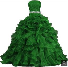 Großhandel Echt Bild Ballkleid Abendkleid 2019 Organza Prinzessin gekräuselte Abendkleider Perlen trägerlosen süße 16 puffy Abendkleider