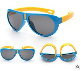 9b36ac668cc54 Niño TAC Flexible Niños Gafas de sol Niños Niñas Polarizadas Sunglass Super  Light Anti uva Gafas de sol Pilot Spectacles 824