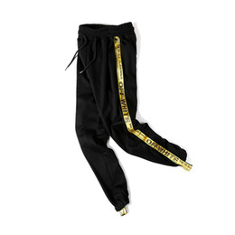 Barato Algodão Harém Calças Para As Mulheres-Side Amarelo Fita Off-white Mens Sweatpants Comprimento Total 2017 Spring Terry Material Hip Hop Calças Men Women Black Cotton 8602HD