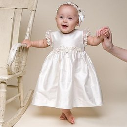 $enCountryForm.capitalKeyWord Canada - Cute Baby Christening Dresses 2016 Hot Sale Ivory Taffeta Short Sleeve Applique Ankle Length Baptism Gown With Headband Custom EN110512