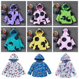 Barato Impermeáveis ​​para Bebês-Kids Windbreaker Girl Smile Face Jaquetas Baby Windproof Hoodies Raincoat Casacos impermeáveis ​​Casacos Mountaineering Coat Overcoat New H264