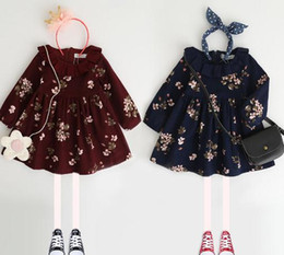 Barato As Meninas Vestem A Marinha Vermelha-Autumn New Girls Vestidos de manga comprida de algodão Floral Kids Clothing Vestido Flower Printed Girl's Casual Doll Vestido de festa Navy Blue Red A7520