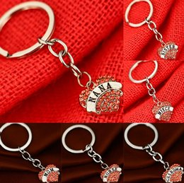 $enCountryForm.capitalKeyWord Canada - Pink Peach Heart Family Members Mom Daughter Grandma Affection Love Engraved Keychain Gift KR006 Keychains mix order 20 pieces a lot