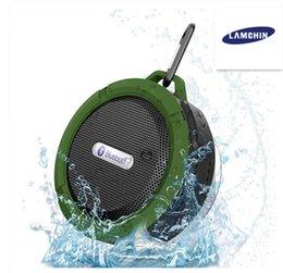 Venta al por mayor de Altavoces inalámbricos a prueba de agua Bluetooth Altavoz de ducha con 5W Controlador fuerte Batería de larga duración y micrófono y ventosa extraíble