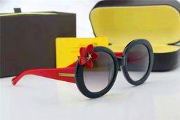 Discount sunglasses flower design - new fashion women sunglasses L0270 flower frame coating mirror lens round frame fashion women design summer style Baroqu