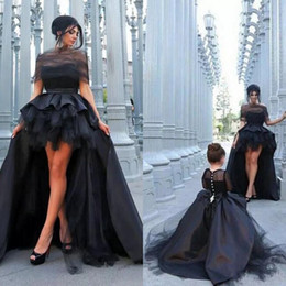 dresses for mothers daughters match Australia - 2019 Black Mother And Daughter Matching Dresses for Prom Top Quality Ruffles High Low Skirt Satin and Tulle Long Sleeve Kids Pageant Dresses