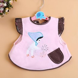 $enCountryForm.capitalKeyWord Canada - 2017 Cute Baby Girls Tops Coat Cotton Bibs Dresses Keep Clothes Cleaning Easy to Wear Embroidery Little Girl 4 Colors Choose Age 0-2T