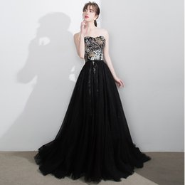 Barato Projetos Do Bordado Do Vestido De Noite-2017 New Arrival Black Embroidery Strappless Evening Dress Lace Up Back Design Robe De Soiree Tribunal Trem Cetim Tulle Prom Dress