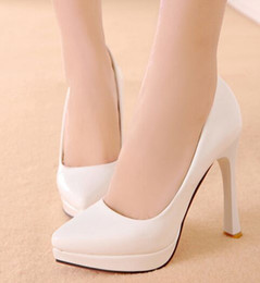 Painted Shoes Women Canada - Wholesale New Arrival Hot Sale Specials Sweet Girl Sexy Noble Sweet Pointed Paint Patent Leather Pointed Bride Wedding Heel Shoes EU34-39