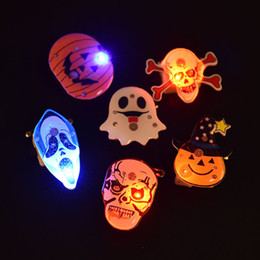 wholesale halloween 2016 led light pumpkins brooch party halloween decoration pumpkin ghost light up toys halloween party favors supply - Light Up Halloween Decorations