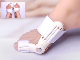 Wholesale Brand new Big Toes Hallux Valgus Corrector Seperator Relief Foot Pain