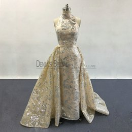 Barato Organza Azul Prom-2017 Blingbling Prom Dresses High Neck Silver Sequins Appliqued Naked Champagne Evening Gowns com Destacáveis ​​Overskirt Real Pageant Vestidos