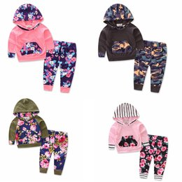 Cute Outfits For Spring Canada - Cute Girls Outfits Trendy Hooded and Pants Tracksuits for Girls 2017 Autumn Quality Kids Clothing Sets School Uniforms Ins Style
