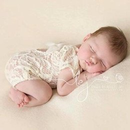 Dentelle Combinaisons Barboteuses Petti Bébé Pas Cher-2017 0-18M Baby Lace Romper Baby Girl Mignon petti Rompers Jumpsuits Mode Enfant Toddler Photo Vêtements Soft Dentelle Bodysuits S-M-L-XL KBR02