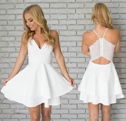 mad dresses 2019 - Simple Lace Mini Short Homecoming Dress Vintage White Spaghetti Straps Juniors Sweet 15 Graduation Cocktail Party Dress