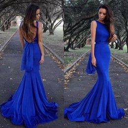 Barato Simples Vestidos De Baile Sem Costas-Sexy Royal Blue Mermaid Prom Dress Bateau Neckline sem mangas Backless Simples vestidos de festa à noite Custom Made with Sweep Train