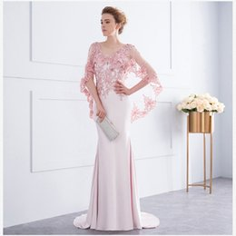 Barato Xale Para Vestido Vermelho-Long Shawl Exquisite Fornal Prom Gowns Sheer Illusion Lace A Line Long Vestidos de noite formal Custom Made Stock Red Pink Party Evening Dress