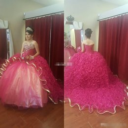 15 16 Robes De Quinceanera Pas Cher-Haute Qualité Robe De Bal Quinceanera Robes Filles Doux 16 Robes De Soirée Perlé Puffy Train Or Bord 2017 Robes De 15 Anos Robes De Bal