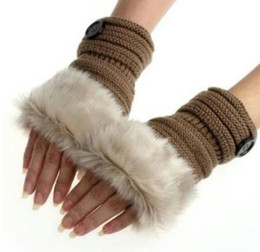 Botón de guantes Mujer Chica Punto de piel de conejo de imitación Guantes sin dedos Calentador de invierno Al aire libre Mitones coloridos Accesorios de moda Regalo de Navidad en venta