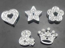 Vente en gros 50pcs / lot 10mm pleins de strass mélanger les styles Slide Charms diy accessoires Fit pour 10mm bracelet bracelet fashion bijoux