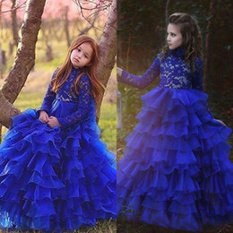 Robes De Fleurs Bleu Royal Pas Cher-Vintage Royal Blue manches longues Robes de fille à fleurs pour les mariages arabes Princesse Crew Neck Lace Layer Ruffles Tulle Long Kids Formal Wears