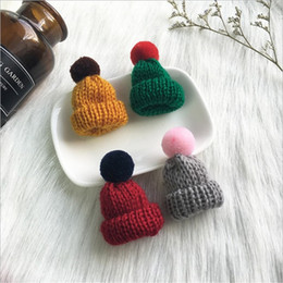 knitting pins NZ - Wholesale Cute Mini Hat Brooches Pins Hair Ball Knitting Wool Brooches Corsage Accessories Korean Jewelry For Women